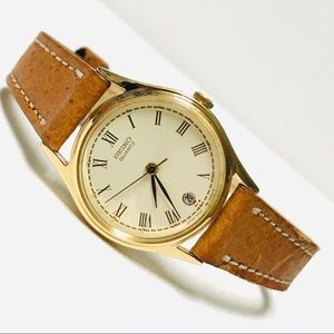 Vintage Seiko Women's Gold Watch 3Y02-0020